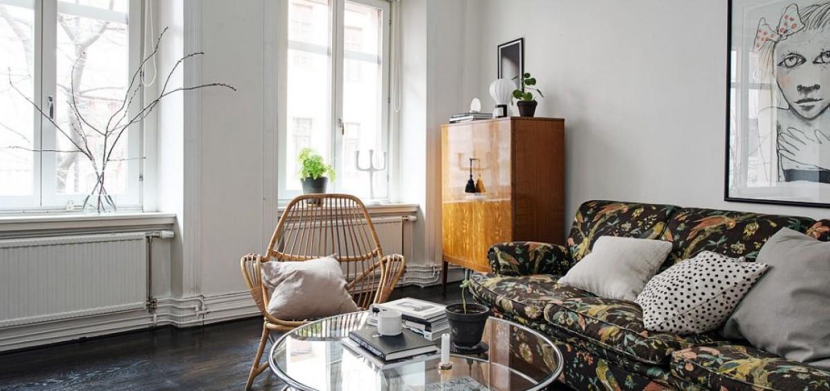 Phong cách thiết kế nội thất Scandinavi lấy cảm hứng từ vùng Bắc Âu, mang hơi hướng nhẹ nhàng, hiện đại, tối giản mà vẫn sang trọng, ấn tượng. Các căn hộ được thiết kế theo phong cách này thường mang tone màu trung tính, như: trắng, xám, ghi và luôn tràn ngập ánh sáng. Bên cạnh đó, đá, gỗ thiên nhiên và lông thú được ưu tiên lựa chọn làm nguyên liệu chính tạo nên các vật dụng, chi tiết trang trí cho các hộ Scandinavi nhờ đặc trưng thô mộc, ấm áp, hài hòa với tone màu chủ đạo.